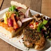 「畑の伝道師」渡邉明の野菜をおいしく食べるサラダ&ブレッドの野菜カフェ「Mr.FARMER」、11月10日表参道にニューオープン。