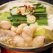 新業態・一人飲み向け居酒屋「九州食堂Gachi」、浜松町芝大門にオープン。本格鍋を一人前から提供。