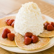 ハワイ発祥カジュアルレストラン 『エッグスンシングス』、さいたま新都心「コクーンシティ コクーン2」に新規オープン。