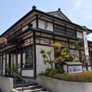 感動の100円パンを提供する鎌倉ベーカリーが千葉県・新鎌ヶ谷に出店。年内に30店舗拡大へ。
