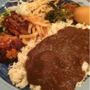NIJYU-MARU二子玉川店、3種のカリーと10種以上のサイドメニューが食べ放題のランチブッフェを開始。