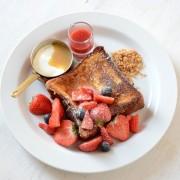 アフタヌーンティー・ティースタンド、ブリオッシュ使用のフレンチトースト5種を表参道限定で発売。