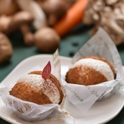 「Natural Sweets どんぐりの木」野菜10種の重ね煮を使用した「奇跡のシュークリーム」発売。