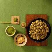 ギャレットポップコーン、日本のお正月を盛り上げる「抹茶黒蜜きなこ」と限定デザイン缶を発売。