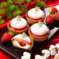 パブロミニ初売りは、つぶつぶ食感と優しい甘さの大福がのった「いちご大福」を販売。