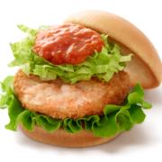 """モス、シンガポール料理""""チリクラブ""""をアレンジした「リッチ海老カツバーガー 蟹チリソース」を発売。"""