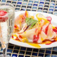 いちご大福が餃子に、進化系餃子が人気の餃子専門ワインバル「立吉餃子」に新感覚デザート餃子が誕生。