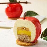 まるごとリンゴの形をしたケーキ、ニューヨーク「Big Apple」テーマのデザートプレートが誕生。