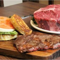 肉塊エアーズロックで有名な「大木屋」がカフェをオープン、新感覚バーガー系スイーツを展開。