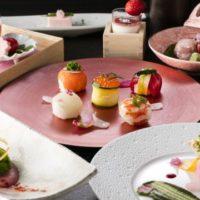 ヒルトン東京、桜をテーマにしたエレガントな手毬寿司プランを春限定で提供。着物レンタルプランも。