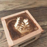 カップ持参でラテ無料、サードウェーブコーヒーのパイオニア店が記念イベントを開催。