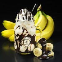 パブロのカフェにダークチョコをかけた「飲むチョコバナナフルーテ」スムージーが新登場。