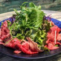 ローストビーフと生ハム食べ放題、世界を旅するダイニング「ルートゼロ」が肉祭り開催。