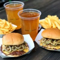 シェイクシャック、クリスピーなハラペーニョの辛さが食欲そそる夏季限定バーガーが新登場。
