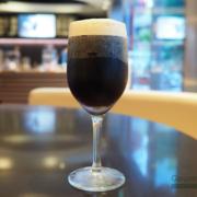 """マクドナルド初""""泡の新感覚コーヒー""""を試飲。ニトロ抽出の「コールドブリューコーヒー」が大ブーム。"""