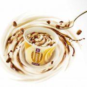 マクドナルド初「森永ミルクキャラメル」コラボの「マックフルーリー」を期間限定販売。