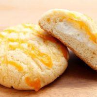 メロンパンに濃厚チーズ、パン・オブ・ザ・イヤー受賞店の新作「クワトロフォルマッジメロンパン」。
