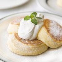 「奇跡のパンケーキ」が無料になる学割キャンペーン「FLIPPER'S 下北沢店」で開催。