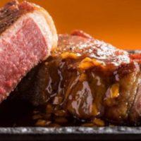 """【極厚】ステーキガスト""""肉厚1ポンドステーキ""""フェア始まる。食べ比べメニューも展開。"""