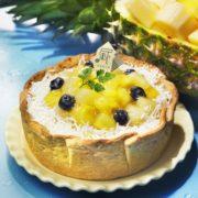パブロ、8月の季節限定は「ゴールデンパインとココナッツのチーズタルト」数量限定で発売。