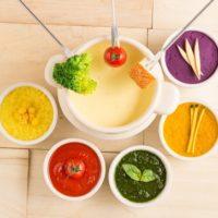 ストーリア、カラフルなチーズがインスタ映え抜群の「チーズフォンデュ」を発売。