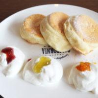 30種類以上手作りフルーツジャムを選べるパンケーキメニューが「cafeblow」に新登場。