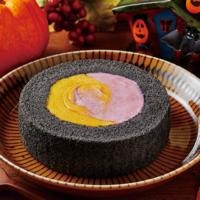 """ローソン「プレミアムロールケーキ」にハロウィン仕様""""かぼちゃ&紫芋""""が登場。"""