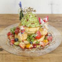 """豪華な""""食べるクリスマスツリー""""パンケーキ人気店「アクイーユ」に登場。"""