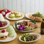 Eggs 'n Things、クリスマスケーキのようなパンケーキなど限定メニューを販売。