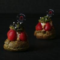 ゴリラコーヒー、クリスマスリースを模した「マイティーシュークリーム」が登場。