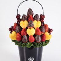 インスタで話題の「フルーツブーケ」にバレンタイン限定ハートモチーフが登場。