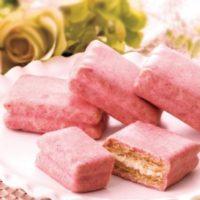 """ピンクの「シュガーバターの木」春限定""""いちごショコラがけサンド""""がリニューアルして復活。"""