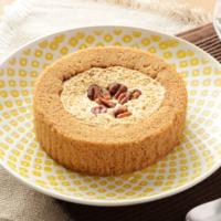 ローソン、ヘーゼルナッツの風味がきいた「プレミアム塩キャラメルとナッツのロールケーキ」などを新発売。