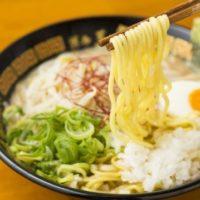 替玉10円とんこつラーメン「博多三氣」が熊本市初上陸。自家製麺が何玉でも10円。