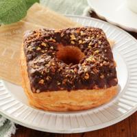 ローソンの歴代1位商品「デニッシュドーナツ」がカスタード入りで復活。