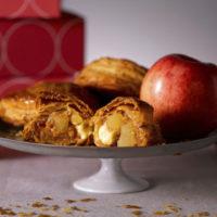 焼きたてカスタードアップルパイ専門店リンゴ、丸の内・日比谷エリアに登場。