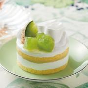 ローソン 茨城県産のメロンと北海道産生クリームを使用したショートケーキが限定登場