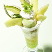 銀座コージーコーナー 旬の茨城県産「メロン」のデザート2品を期間限定販売